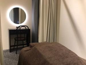 院内 ベッド 鏡